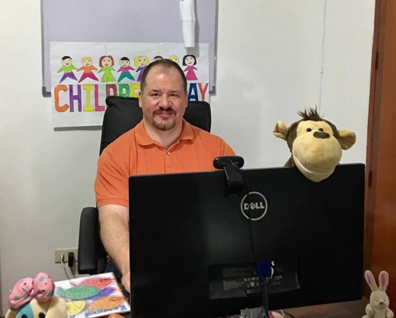 This VIPKid Teacher Makes $75k Teaching Online